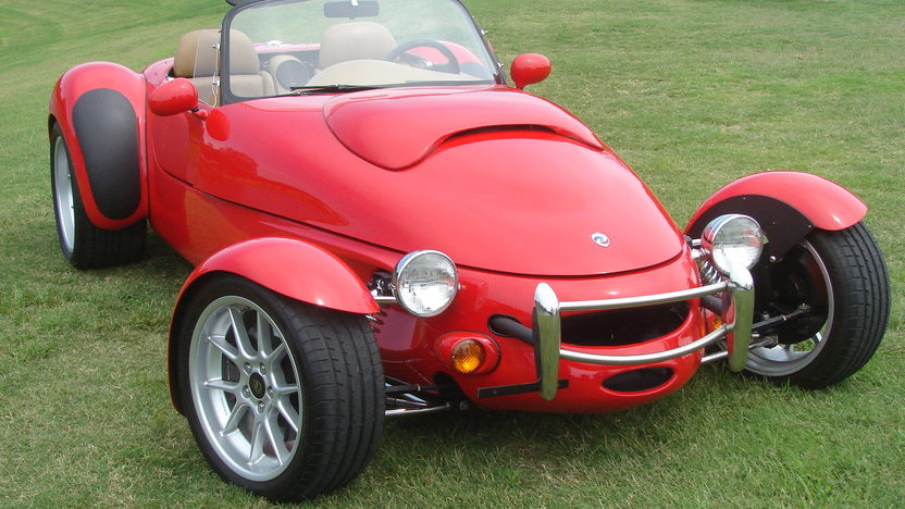 1997 Panoz AIV Roadster 4.6L, 5-Speed presented as lot F133 at Kansas City, MO 2011 - image8