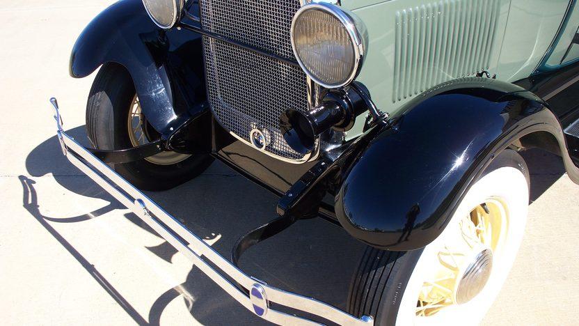 1928 Ford Model A Phaeton 200 CI, 3-Speed presented as lot F151 at Kansas City, MO 2011 - image2