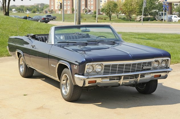1966 Chevrolet Impala SS Convertible 396 CI, Automatic presented as lot F156 at Kansas City, MO 2011 - image6