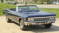 1966 Chevrolet Impala SS Convertible 396 CI, Automatic presented as lot F156 at Kansas City, MO 2011 - thumbail image6