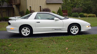 1994 Pontiac Trans Am 25th Anniversary 350/275 HP, 6-Speed presented as lot F157 at Kansas City, MO 2011 - thumbail image10