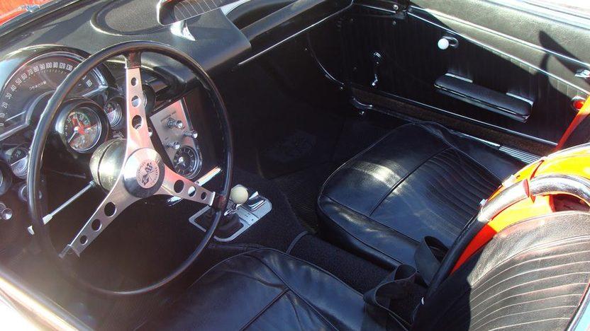 1962 Chevrolet Corvette Convertible presented as lot F160 at Kansas City, MO 2011 - image4