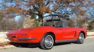 1962 Chevrolet Corvette Convertible presented as lot F160 at Kansas City, MO 2011 - thumbail image7