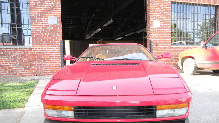 1990 Ferrari Testarossa 4.9L, 5-Speed presented as lot F165 at Kansas City, MO 2011 - image2