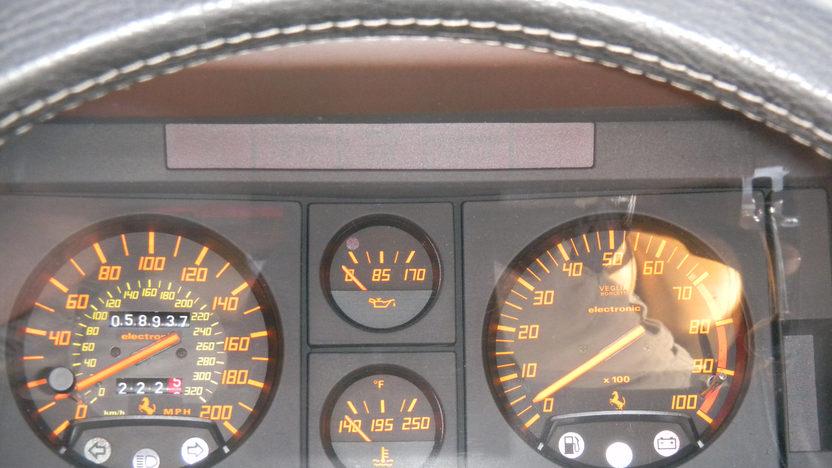 1990 Ferrari Testarossa 4.9L, 5-Speed presented as lot F165 at Kansas City, MO 2011 - image5