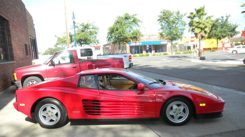 1990 Ferrari Testarossa 4.9L, 5-Speed presented as lot F165 at Kansas City, MO 2011 - image8