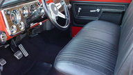 1972 Chevrolet Cheyenne Super Pickup 402/300 HP, Automatic presented as lot F170 at Kansas City, MO 2011 - thumbail image4