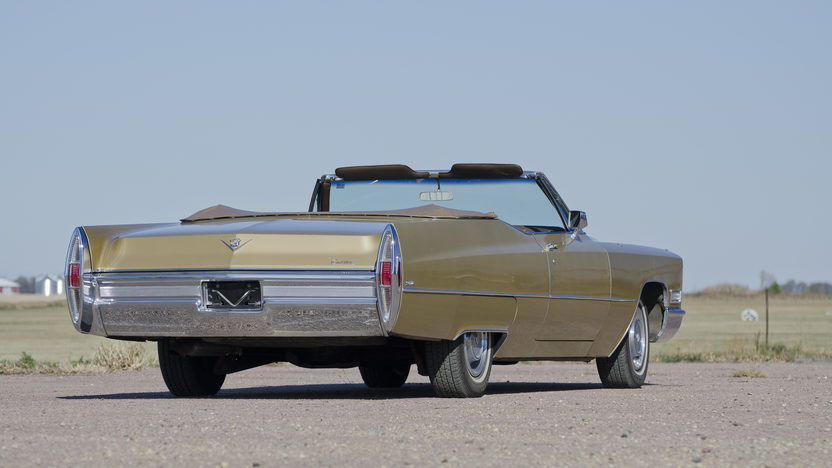 1968 Cadillac Deville Convertible 472 CI, Automatic presented as lot F191 at Kansas City, MO 2011 - image3