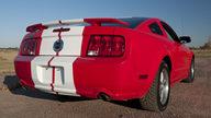 2005 Ford Mustang GT 4.6/300 HP, 5-Speed presented as lot F194 at Kansas City, MO 2011 - thumbail image7