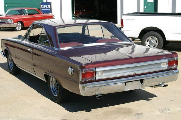 1967 Plymouth GTX 440/375 HP, Automatic presented as lot F197 at Kansas City, MO 2011 - image5