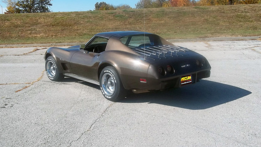 1976 Chevrolet Corvette Coupe L82, 4-Speed presented as lot F202 at Kansas City, MO 2011 - image2
