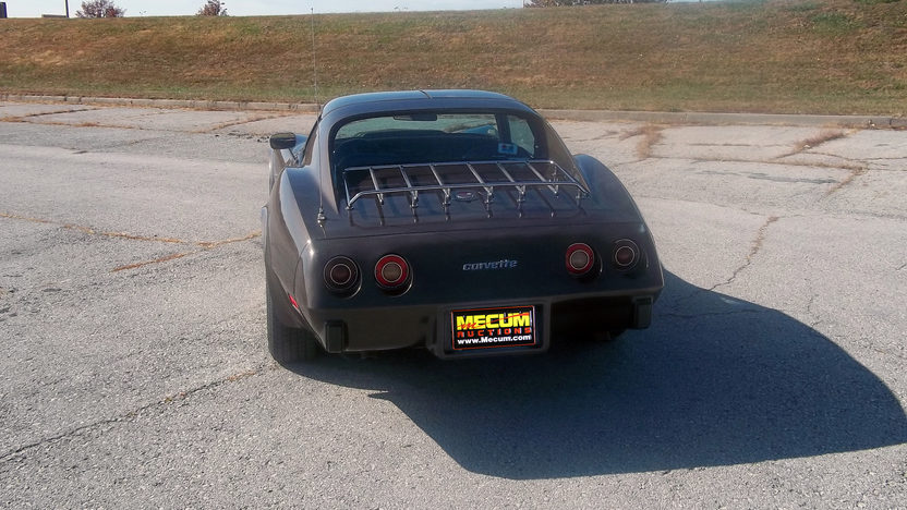 1976 Chevrolet Corvette Coupe L82, 4-Speed presented as lot F202 at Kansas City, MO 2011 - image3