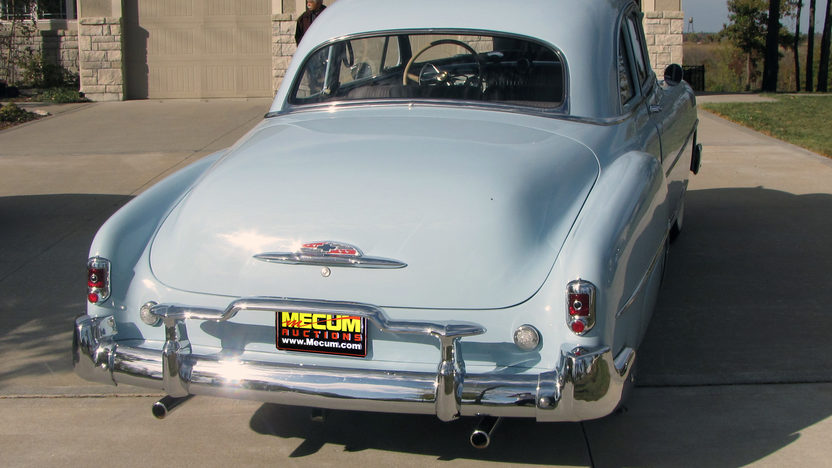 1952 Chevrolet Deluxe 3-Speed presented as lot F208 at Kansas City, MO 2011 - image4