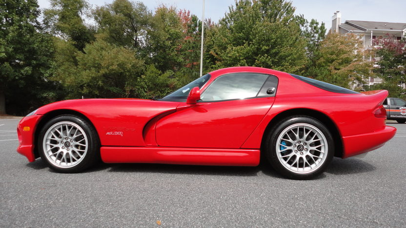 2000 Dodge Viper ACR Coupe V10, 6-Speed presented as lot F210 at Kansas City, MO 2011 - image2
