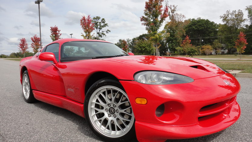 2000 Dodge Viper ACR Coupe V10, 6-Speed presented as lot F210 at Kansas City, MO 2011 - image5