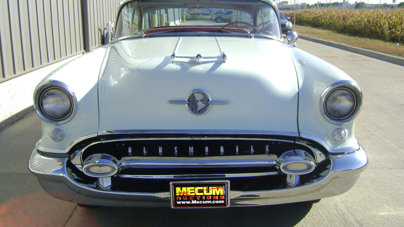 1955 Oldsmobile Holiday 88 2-Door Hardtop 324 CI, Automatic presented as lot F211 at Kansas City, MO 2011 - image3