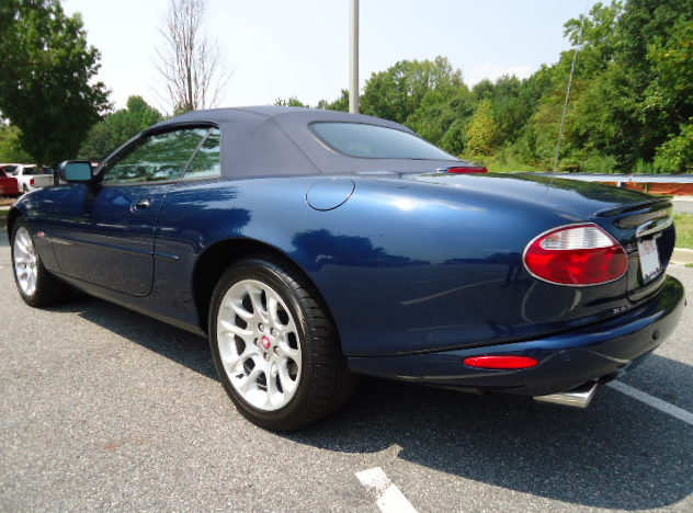 2001 Jaguar XKR Convertible presented as lot F213 at Kansas City, MO 2011 - image3