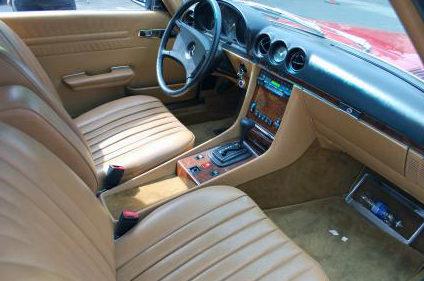 1984 Mercedes-Benz 380sl Convertible Automatic presented as lot F219 at Kansas City, MO 2011 - image3