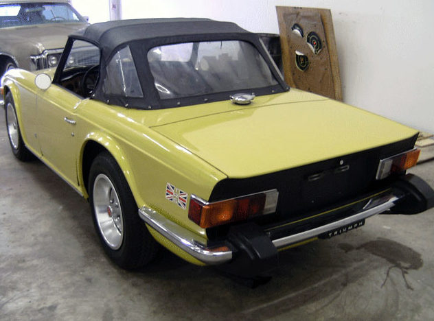1975 Triumph TR6 Convertible 2.5L, 4-Speed presented as lot F224 at Kansas City, MO 2011 - image2