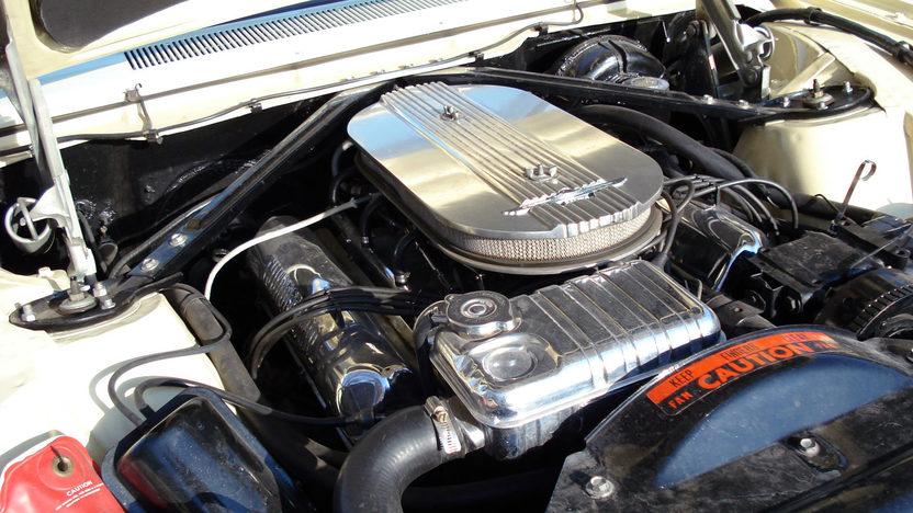 1963 Ford Thunderbird Convertible 390/300 HP, Automatic presented as lot F230 at Kansas City, MO 2011 - image5