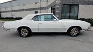 1972 Oldsmobile Cutlass 350 CI, Automatic presented as lot F231 at Kansas City, MO 2011 - thumbail image2