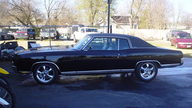 1972 Chevrolet Monte Carlo Coupe 307 CI, Automatic presented as lot F238 at Kansas City, MO 2011 - thumbail image6