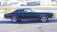 1972 Chevrolet Monte Carlo Coupe 307 CI, Automatic presented as lot F238 at Kansas City, MO 2011 - thumbail image8