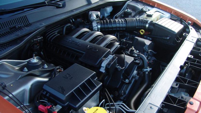 2005 Dodge Magnum Station Wagon presented as lot F241 at Kansas City, MO 2011 - image8