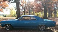 1967 Chevrolet Chevelle SS 2-Door presented as lot S1 at Kansas City, MO 2011 - thumbail image2