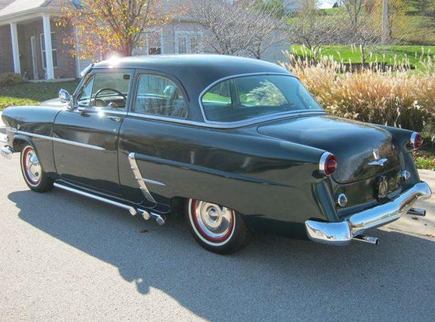 1953 Ford  2-Door presented as lot S2 at Kansas City, MO 2011 - image3