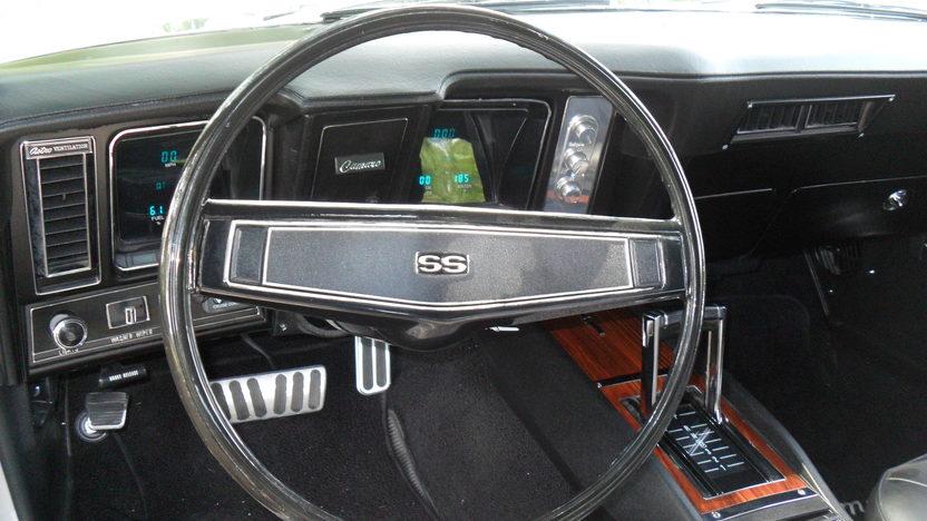 1969 Chevrolet Camaro RS/SS LS1 presented as lot S4 at Kansas City, MO 2011 - image3