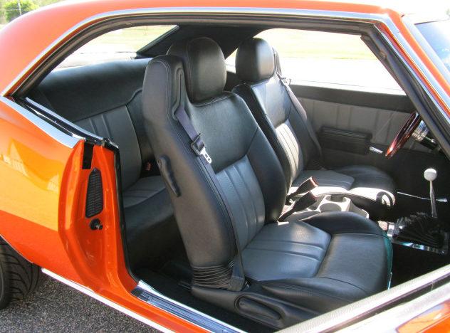 1968 Chevrolet Camaro 377/400 HP, 4-Speed presented as lot S8 at Kansas City, MO 2011 - image3