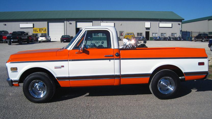 1972 Chevrolet Cheyenne Super Pickup 402/350 HP, Automatic presented as lot S15 at Kansas City, MO 2011 - image2