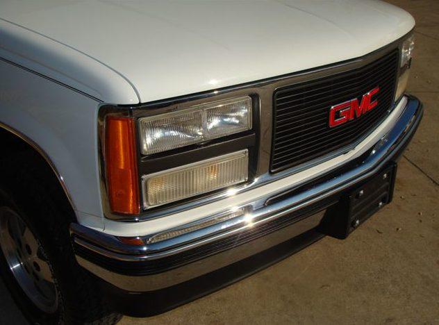 1990 GMC Sierra 1500 Pickup presented as lot S23 at Kansas City, MO 2011 - image7