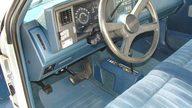 1990 GMC Sierra 1500 Pickup presented as lot S23 at Kansas City, MO 2011 - thumbail image4