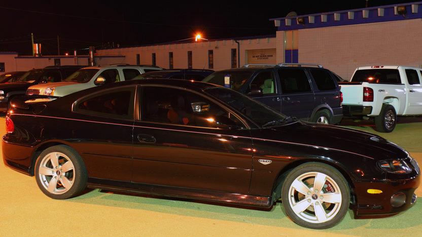 2005 Pontiac GTO LS2/650 HP presented as lot S25 at Kansas City, MO 2011 - image10
