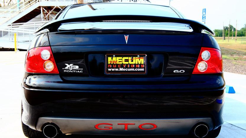 2005 Pontiac GTO LS2/650 HP presented as lot S25 at Kansas City, MO 2011 - image3