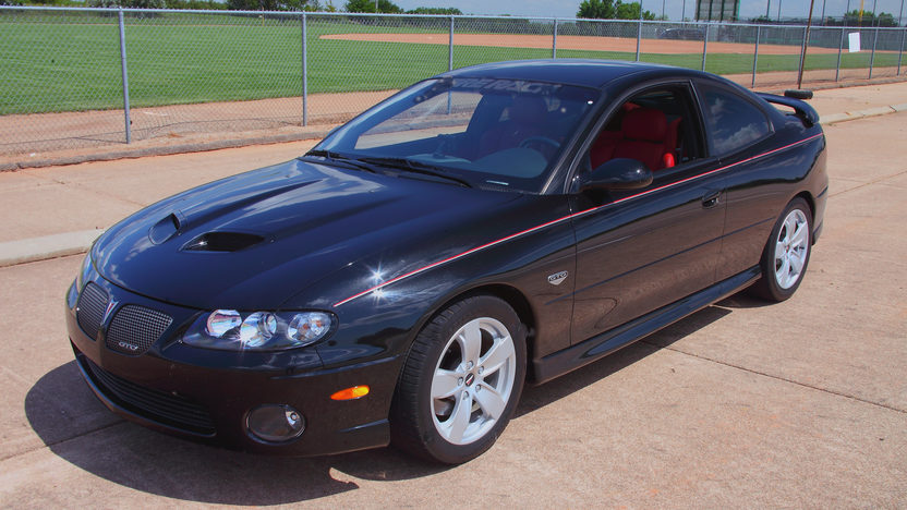2005 Pontiac GTO LS2/650 HP presented as lot S25 at Kansas City, MO 2011 - image7