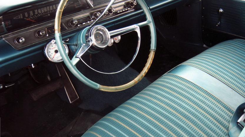 1963 Pontiac Catalina 455 CI, Automatic presented as lot S28 at Kansas City, MO 2011 - image2