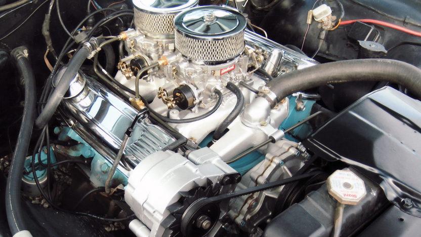 1963 Pontiac Catalina 455 CI, Automatic presented as lot S28 at Kansas City, MO 2011 - image3