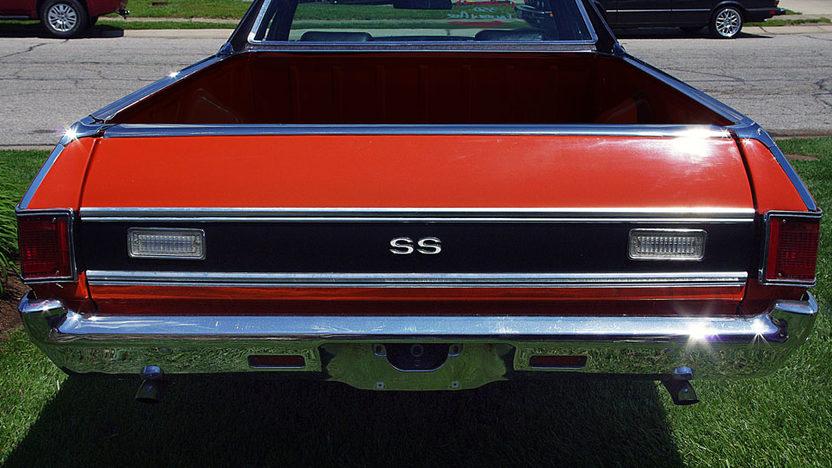 1972 Chevrolet El Camino presented as lot S29 at Kansas City, MO 2011 - image2