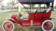 1909 Ford Model T presented as lot S156 at Kansas City, MO 2011 - thumbail image2