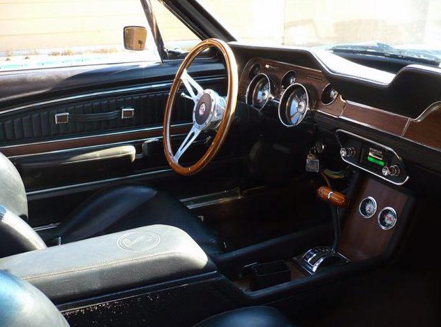 1968 Ford Mustang Convertible 428 CJ, Automatic presented as lot S162 at Kansas City, MO 2011 - image5