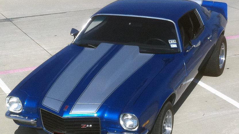 1973 Chevrolet Camaro 350/400 HP, 4-Speed presented as lot S188 at Kansas City, MO 2011 - image5