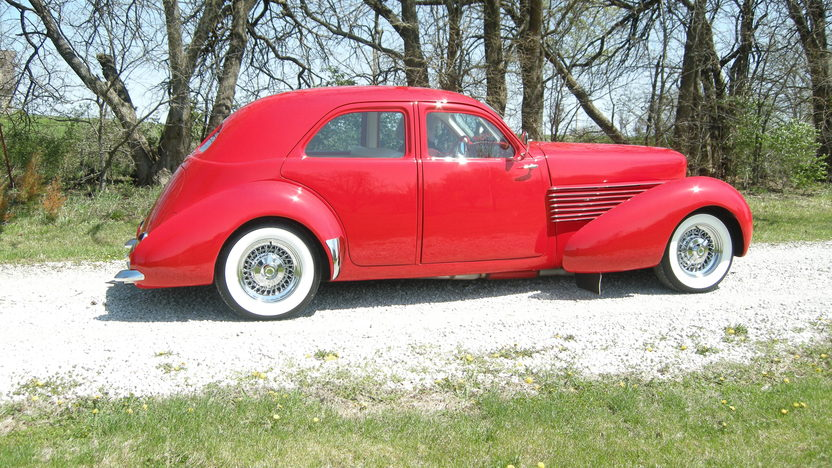 1937 Cord Street Rod 350 CI, Automatic presented as lot S51 at Kansas City, MO 2011 - image2