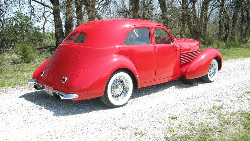 1937 Cord Street Rod 350 CI, Automatic presented as lot S51 at Kansas City, MO 2011 - image3