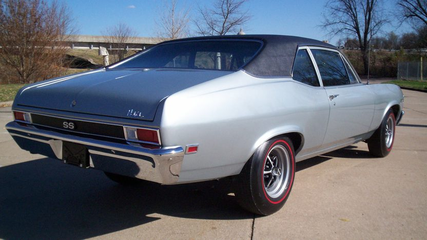1968 Chevrolet Nova 454 CI, 4-Speed presented as lot S53 at Kansas City, MO 2011 - image2