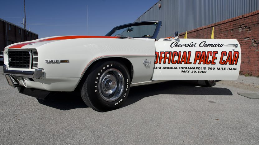 1969 Chevrolet Camaro Indy Pace Car 396/325 HP, Automatic presented as lot S54 at Kansas City, MO 2011 - image2