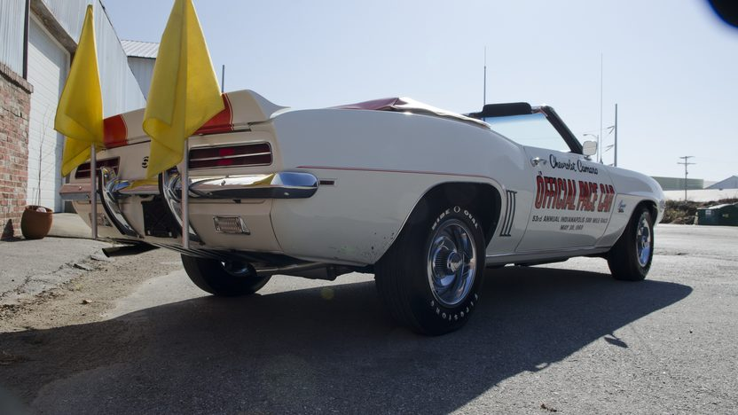 1969 Chevrolet Camaro Indy Pace Car 396/325 HP, Automatic presented as lot S54 at Kansas City, MO 2011 - image7