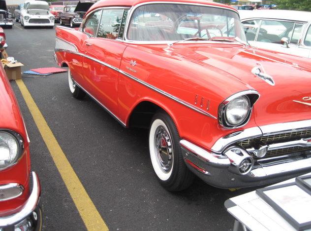 1957 Chevrolet Bel Air 2-Door Hardtop 283/283 HP, 3-Speed presented as lot S81 at Kansas City, MO 2011 - image10